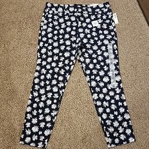 NWT Old Navy Pixie Ankle Capris
